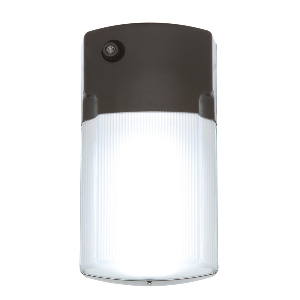 LED light with a 50,000-hour lifespan
