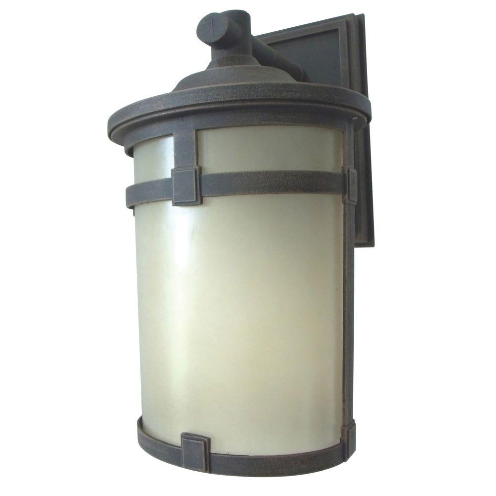 Hanover Oil-Rubbed Bronze Outdoor Integrated LED Wall Mount Lantern