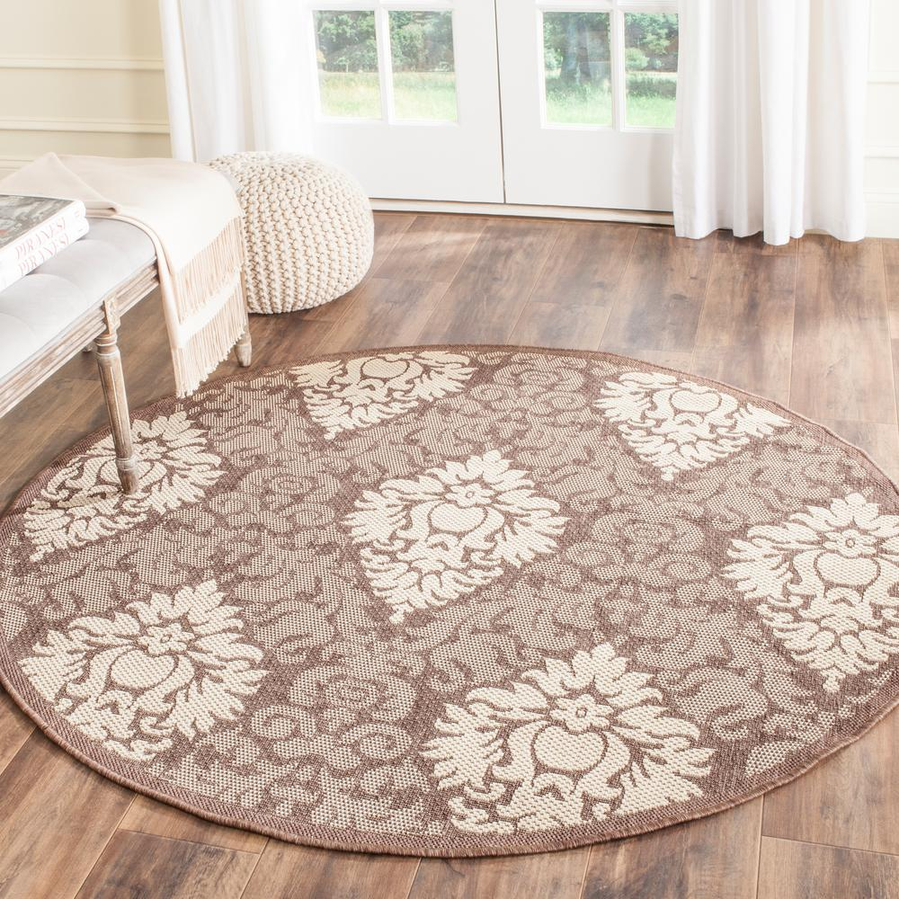 Safavieh Courtyard Chocolate/Natural 6 ft. 7 in. x 6 ft. 7 in. Indoor/Outdoor Round Area Rug