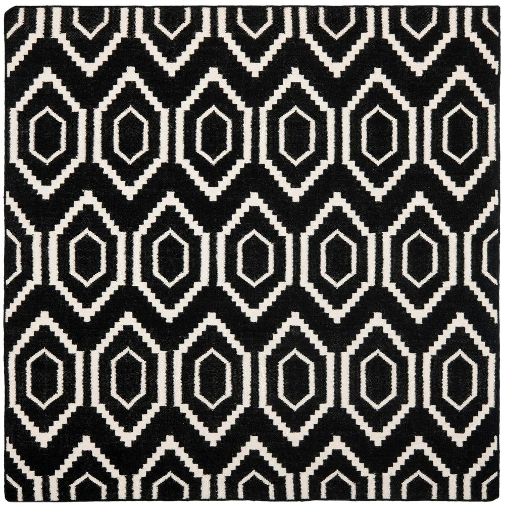 Safavieh Dhurries Black/Ivory 6 ft. x 6 ft. Square Area Rug
