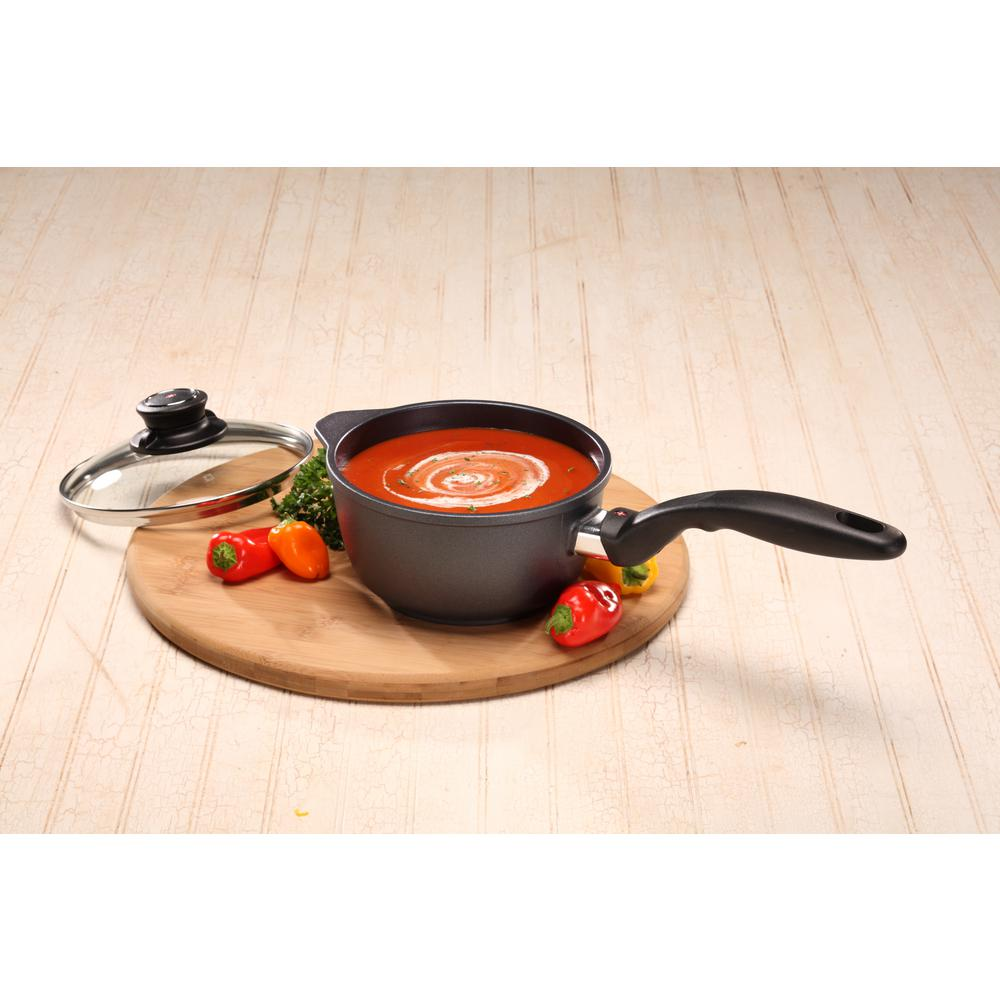 Classic Series 1.4 Qt. Nonstick Sauce Pan with Lid