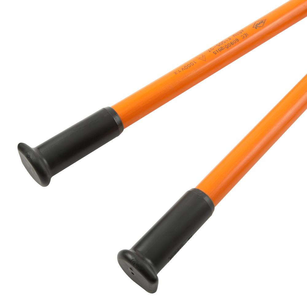 Bolt cutters supported by durable fiberglass handles