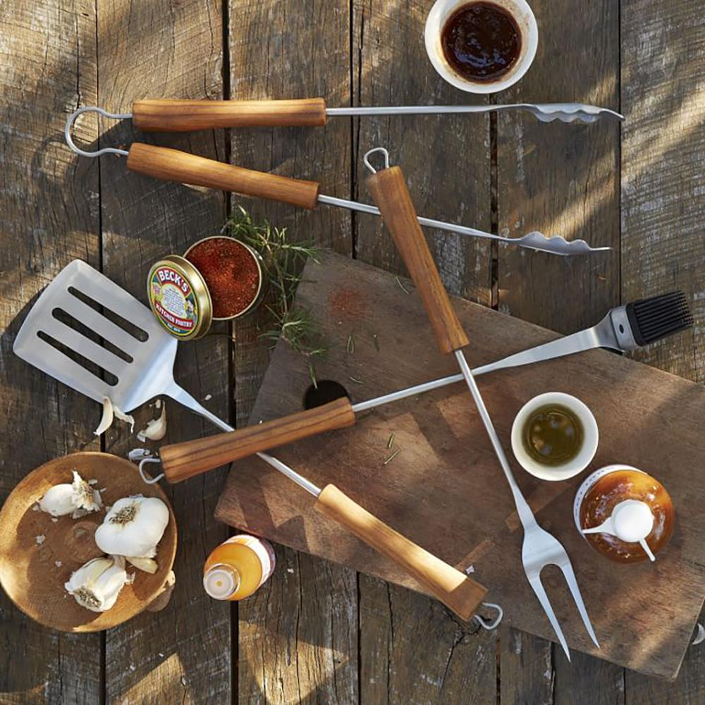 BBQ 2-Piece Grill Set in Acacia