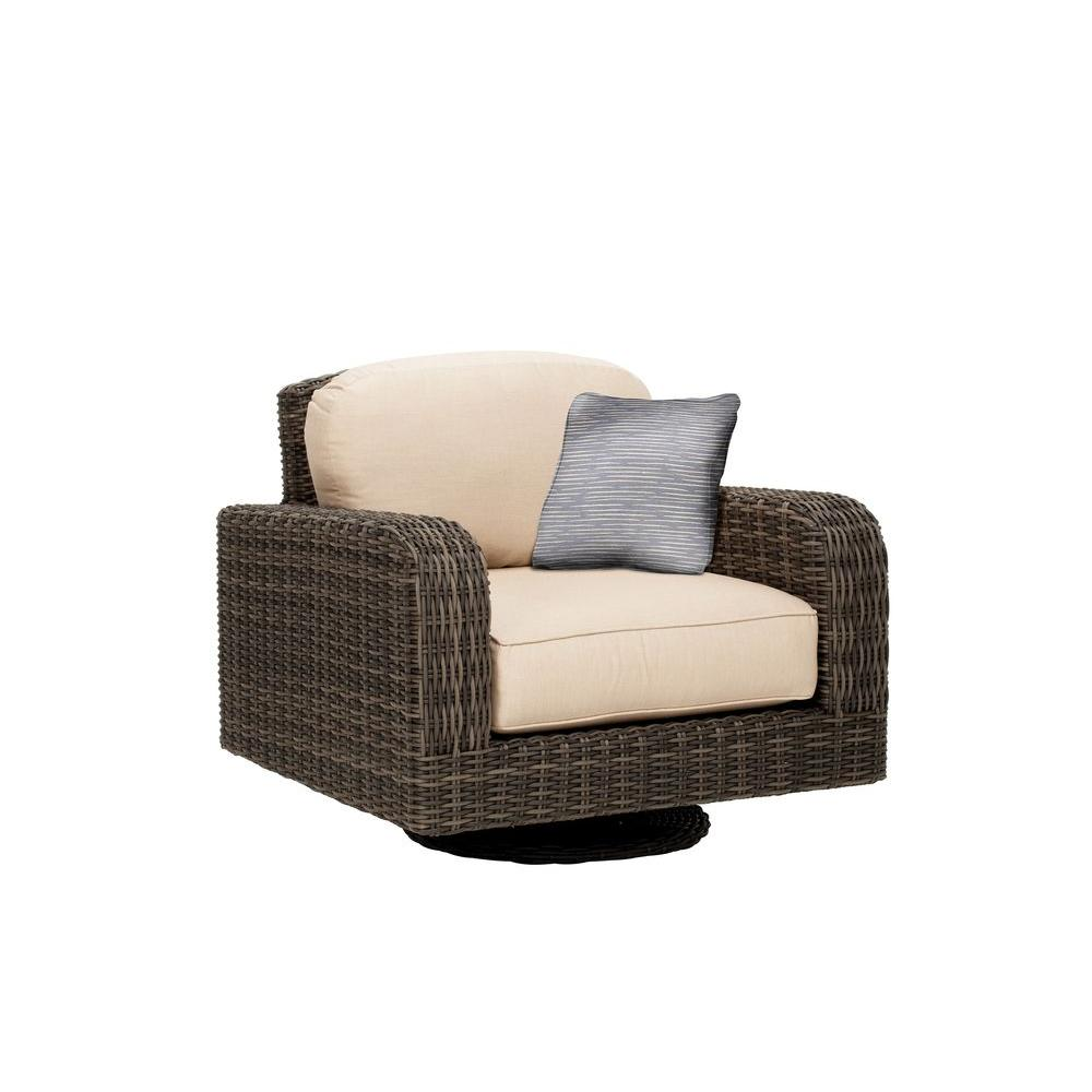 Northshore Patio Motion Lounge Chair in Harvest with Congo Throw Pillow