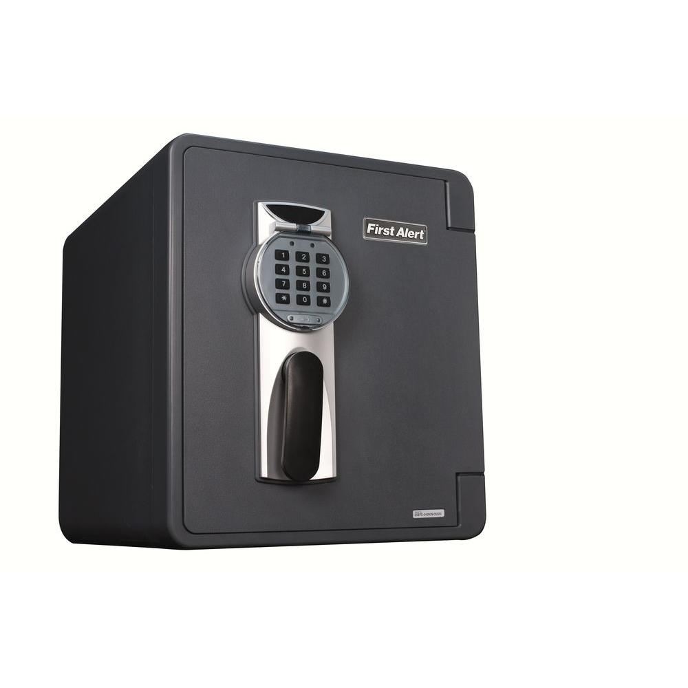 0.94 cu. ft. Capacity and Durable Construction Safe