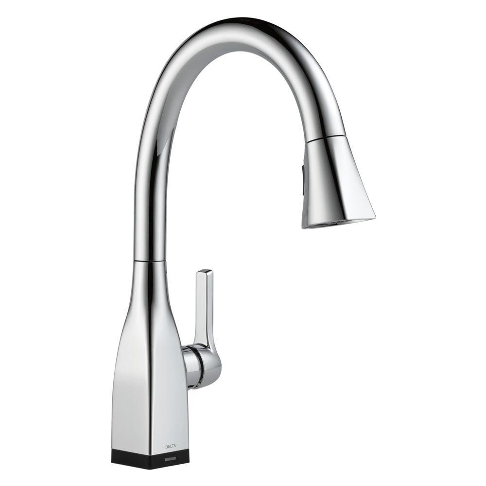Mateo Single-Handle Pull-Down Sprayer Kitchen Faucet with Touch2O in Chrome