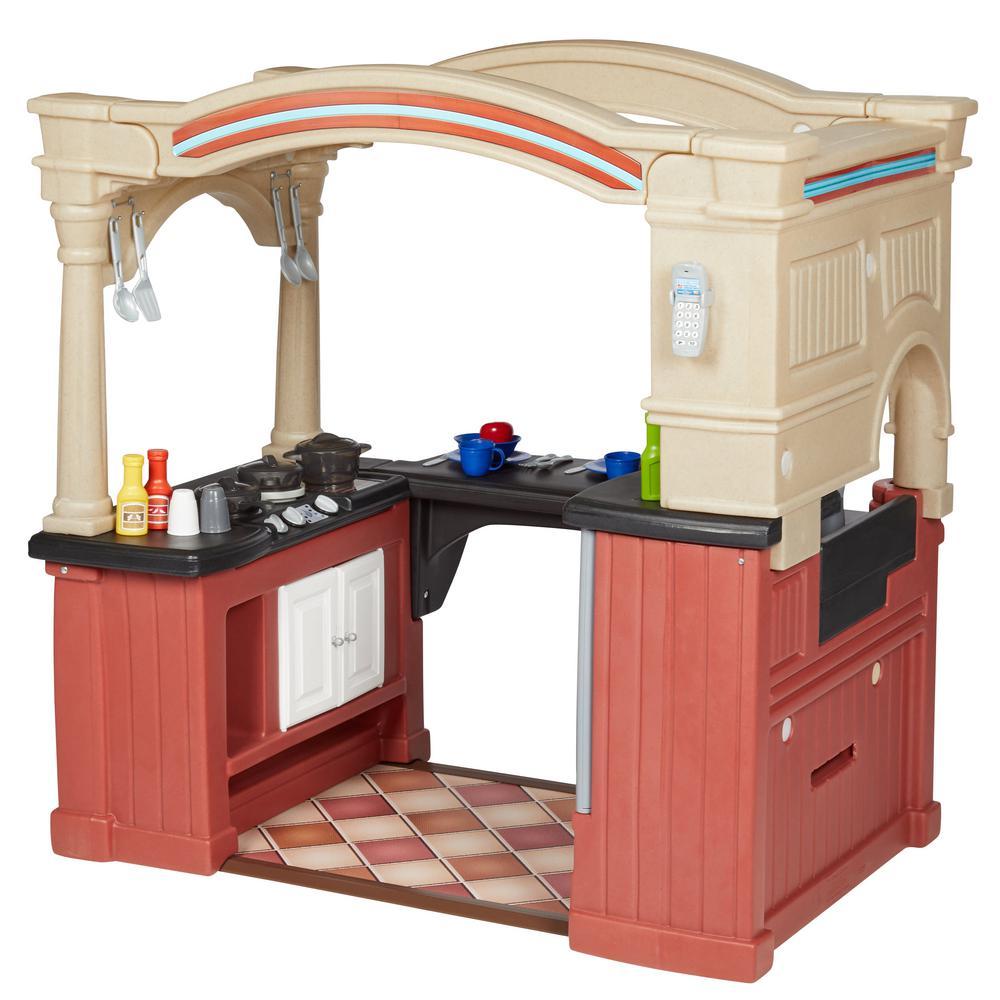 Step2 Grand Walk-In Kitchen Playset-8562KR