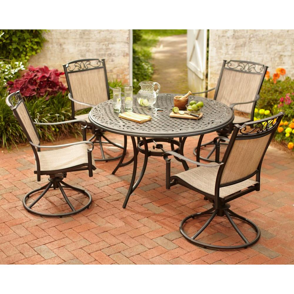 Classic accessories veranda small patio table and chair for Outdoor patio accessories