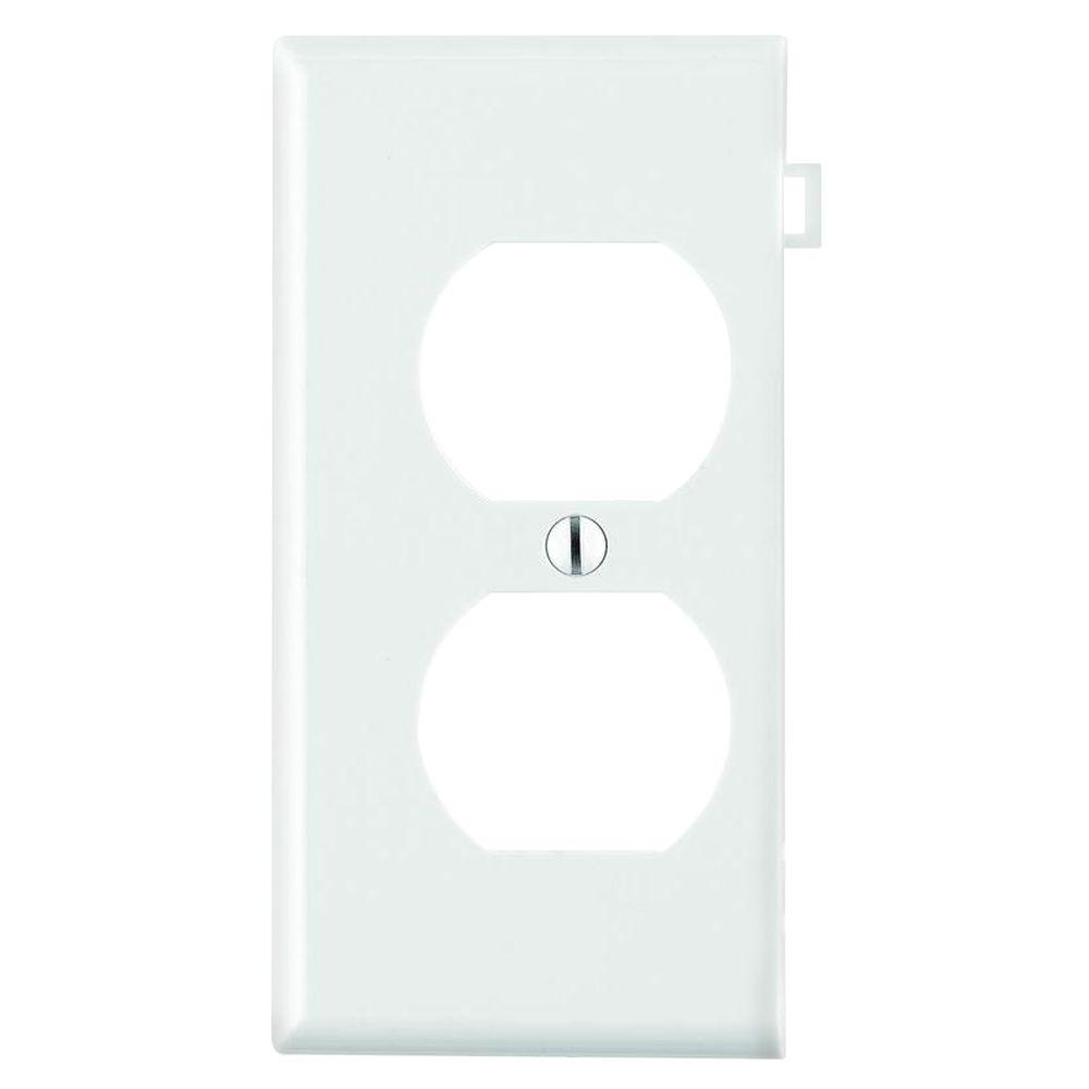Sectional 1-Gang Duplex Outlet Wall Plate, White