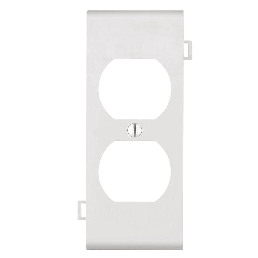 Sectional 1-Gang Center Duplex Outlet Nylon Wall Plate, White