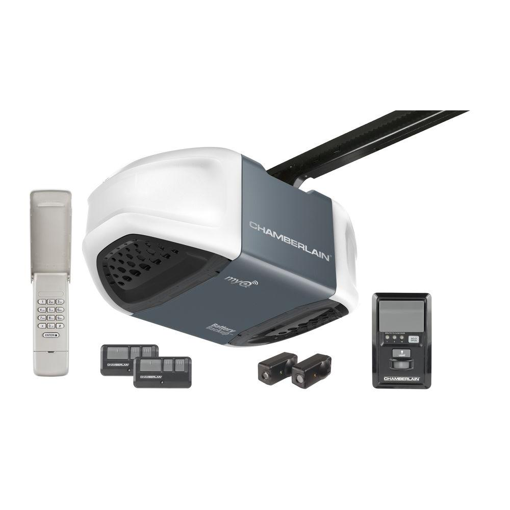 Chamberlain Whisper Drive 3/4 HP Garage Door Opener with MyQ Technology and Battery Backup