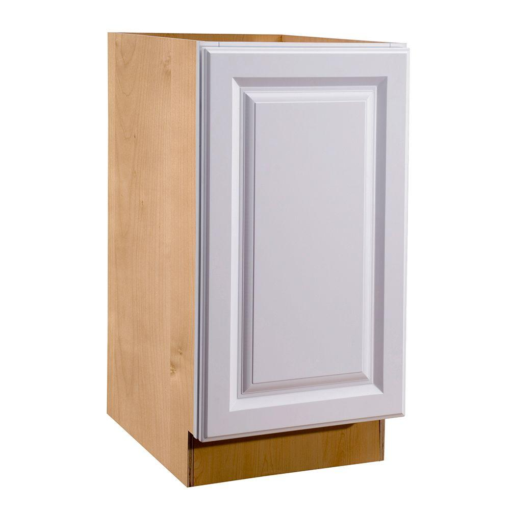 18x34.5x24 in. Hallmark Assembled Base Cabinet with Full Height Door in