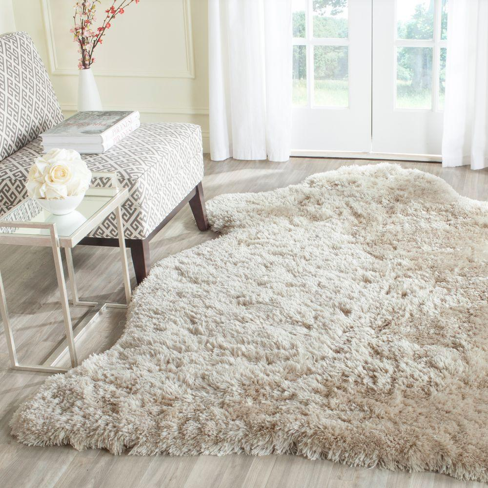 Arctic Shag Beige 5 ft. x 7 ft. Scalloped Area Rug