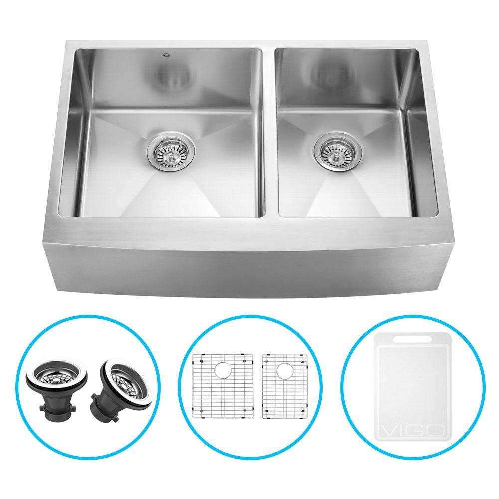Vigo Farmhouse Apron Front Stainless Steel 33 in. Double Bowl Kitchen Sink with Grid and Strainer