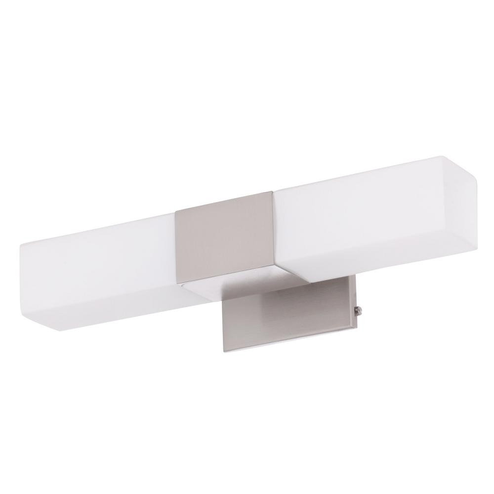 Clean, straight style lines add modern style to this wall sconce