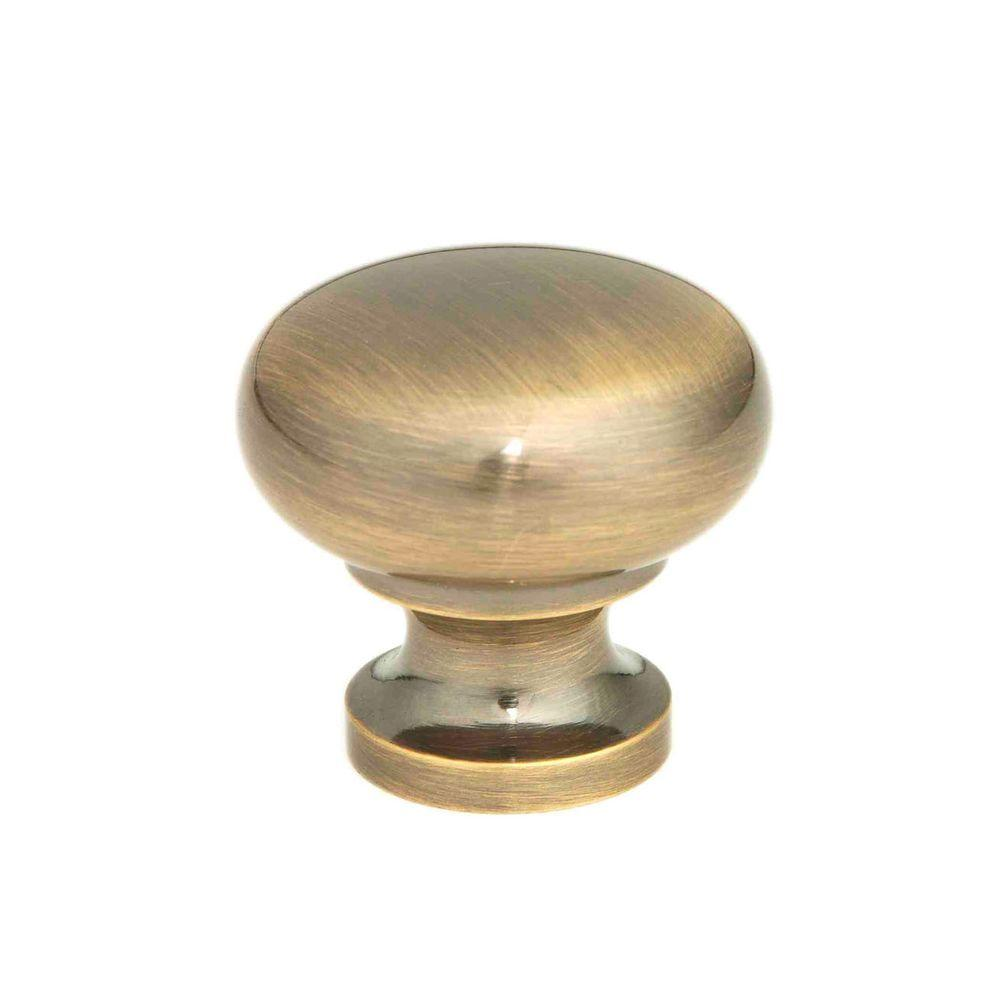 Giagni 1 1 4 in antique brass round cabinet knob kb 6br 7 for Furniture knobs