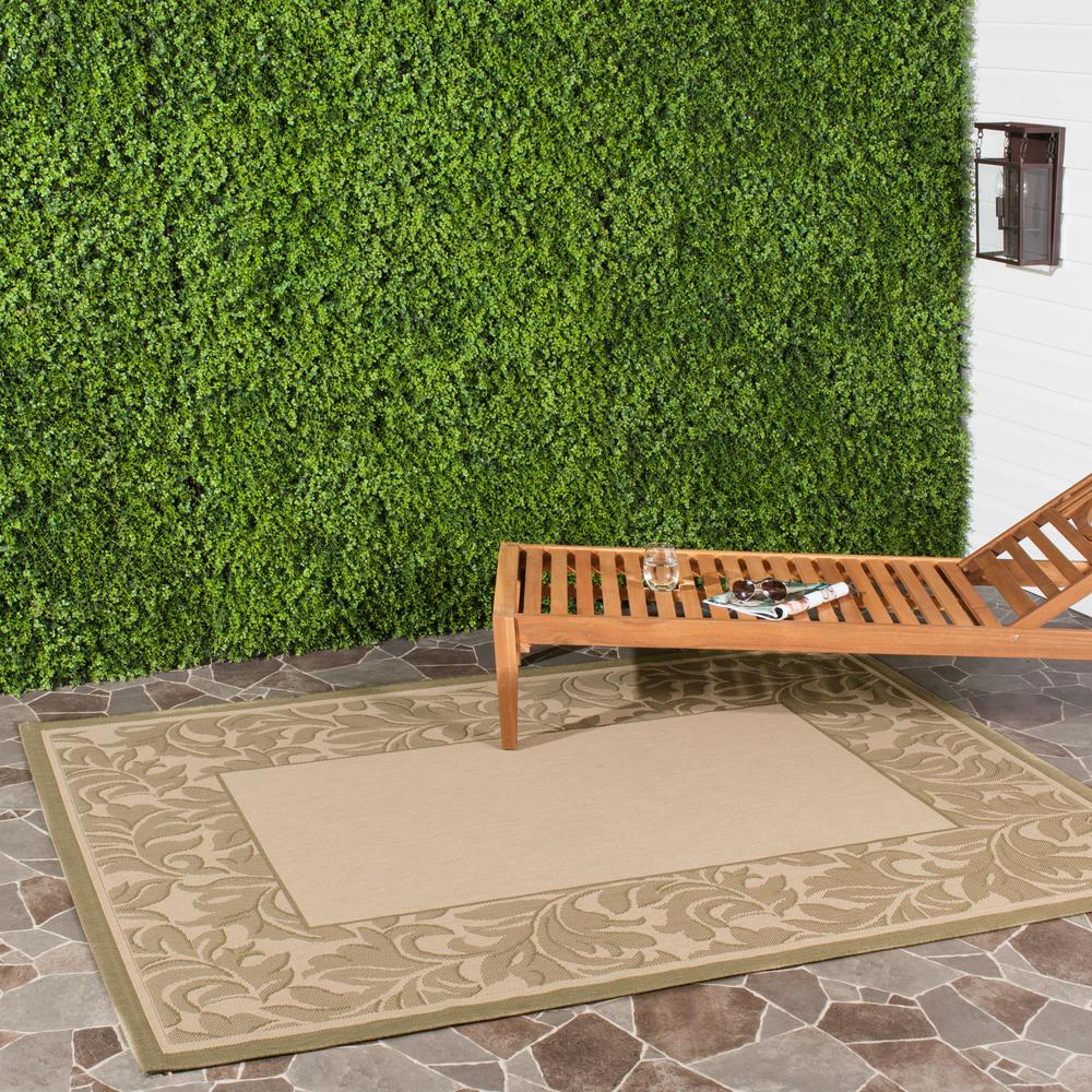 Courtyard Natural/Olive (Natural/Green) 5 ft. 3 in. x 7 ft. 7 in. Indoor/Outdoor Area Rug