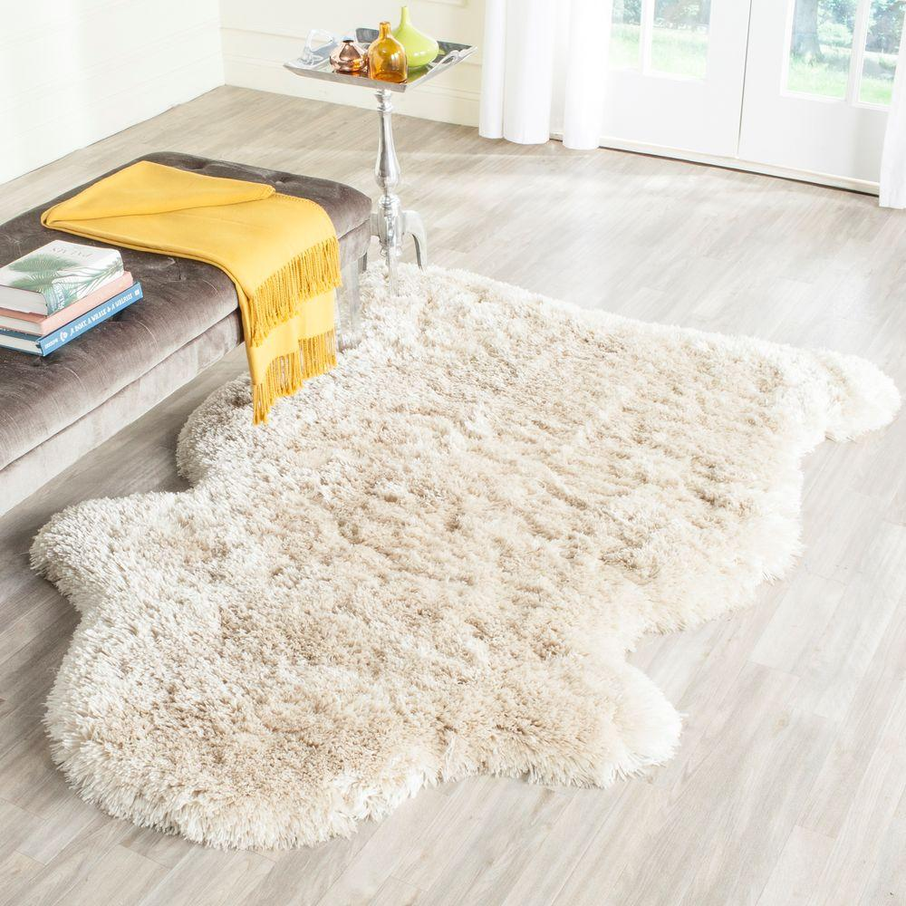 Arctic Shag Beige 4 ft. x 6 ft. Scalloped Area Rug