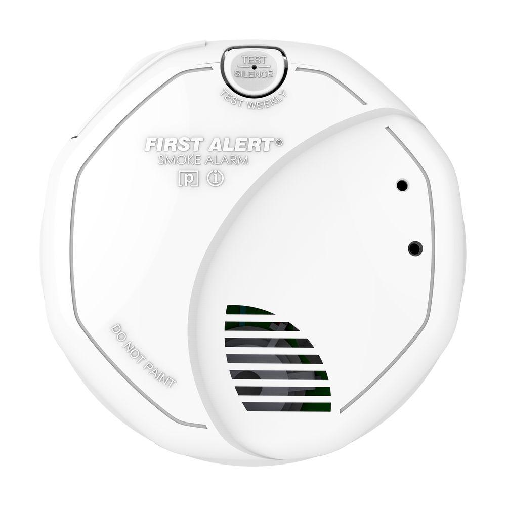 Battery Operated Dual Sensor Photoelectric and Ionization Smoke Alarm