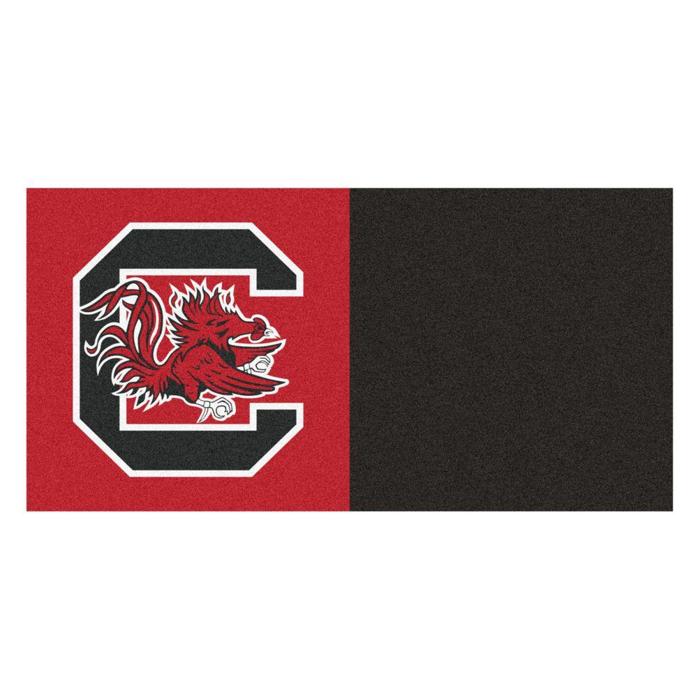 FANMATS NCAA - University of South Carolina Red and Black Pattern