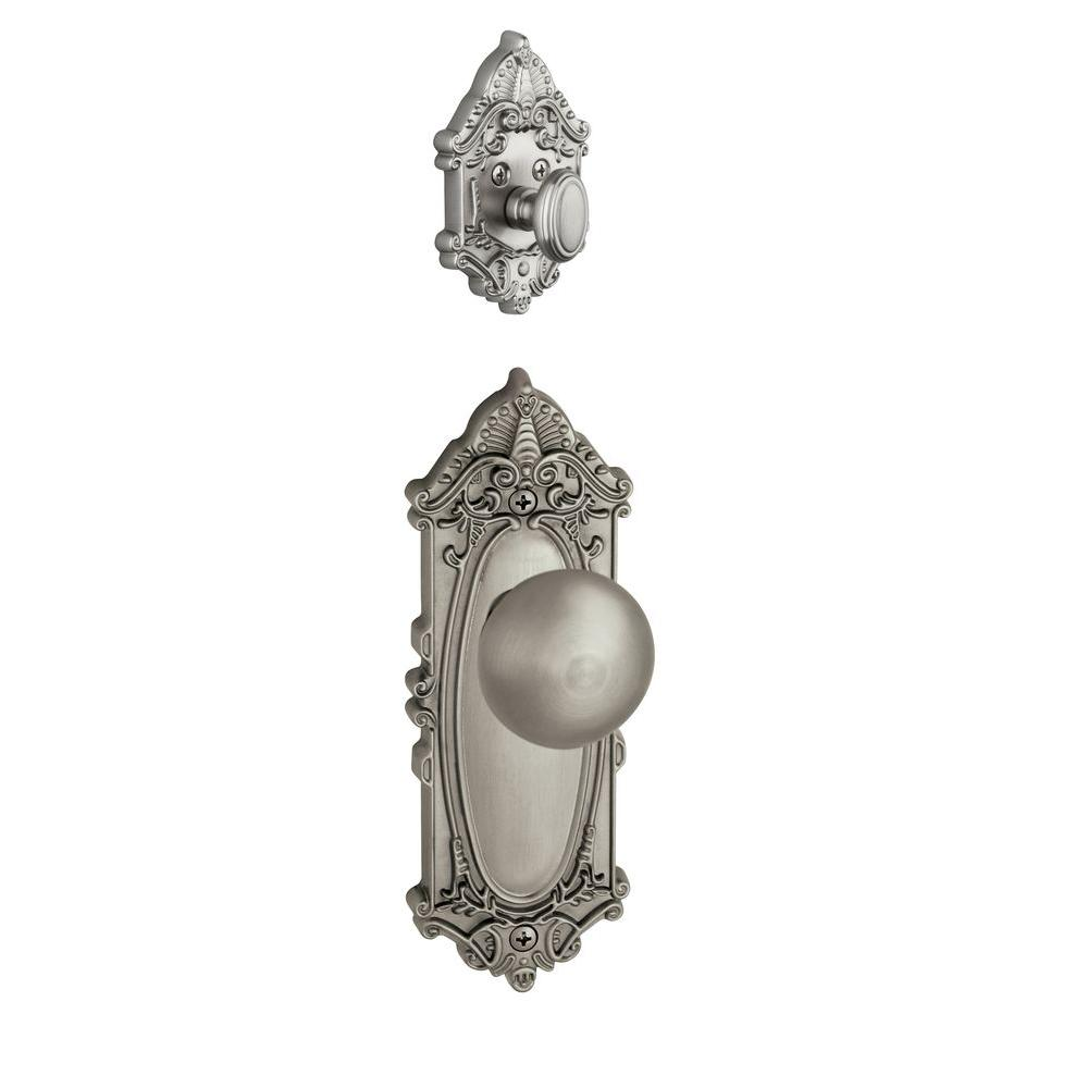 Grandeur Grande Victorian Single Cylinder Satin Nickel Combo Pack Keyed Alike with Fifth Avenue Knob and Matching Deadbolt