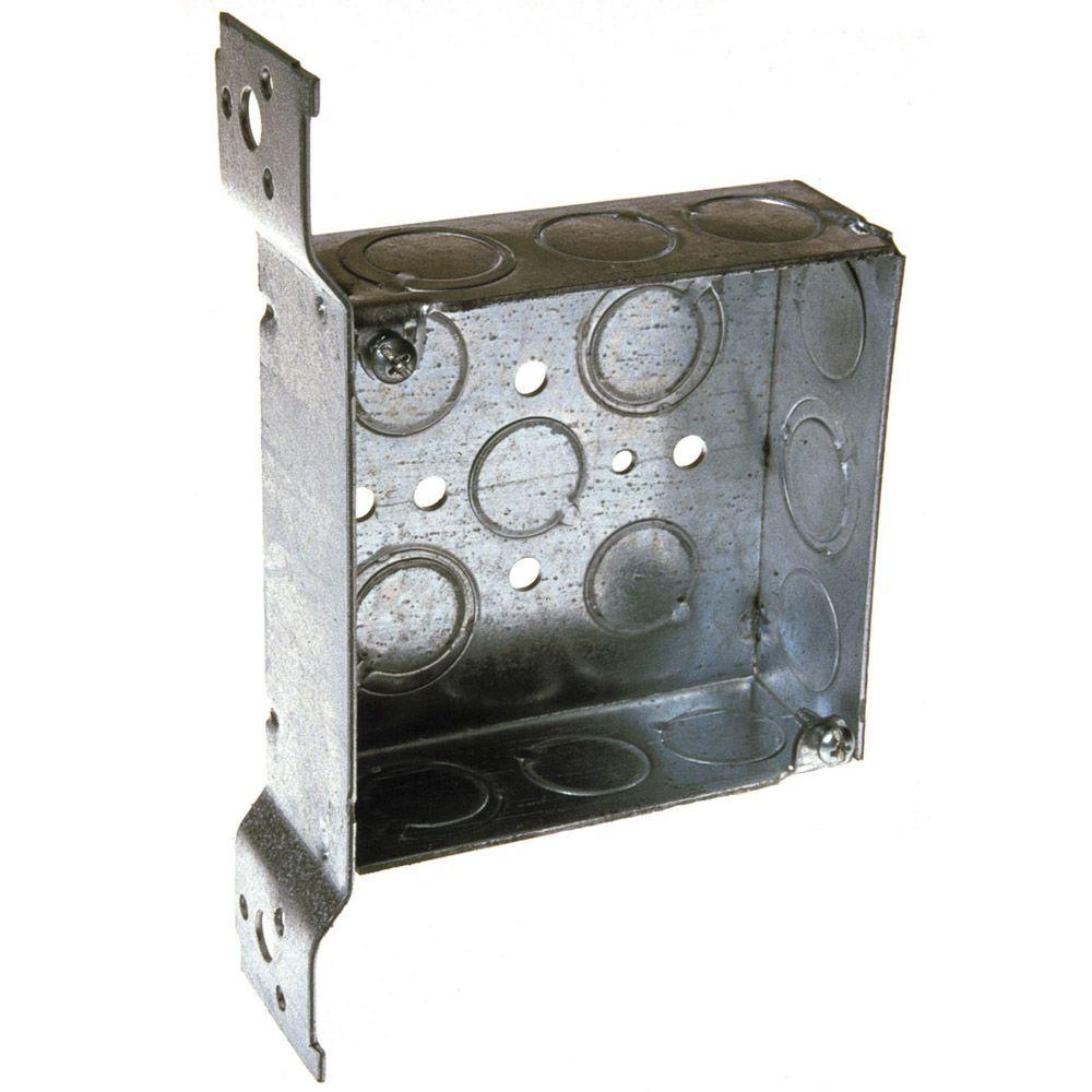 null 4 in. Square Welded Box 1-1/2 Deep with 1/2 and 3/4 in. TKO's and Universal Bracket