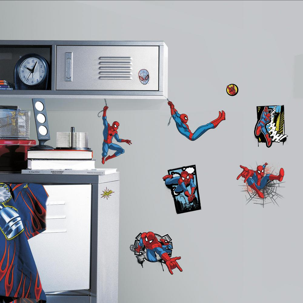 5 in. x 11.5 in. Ultimate Spider-Man Comic 17-Piece Peel and