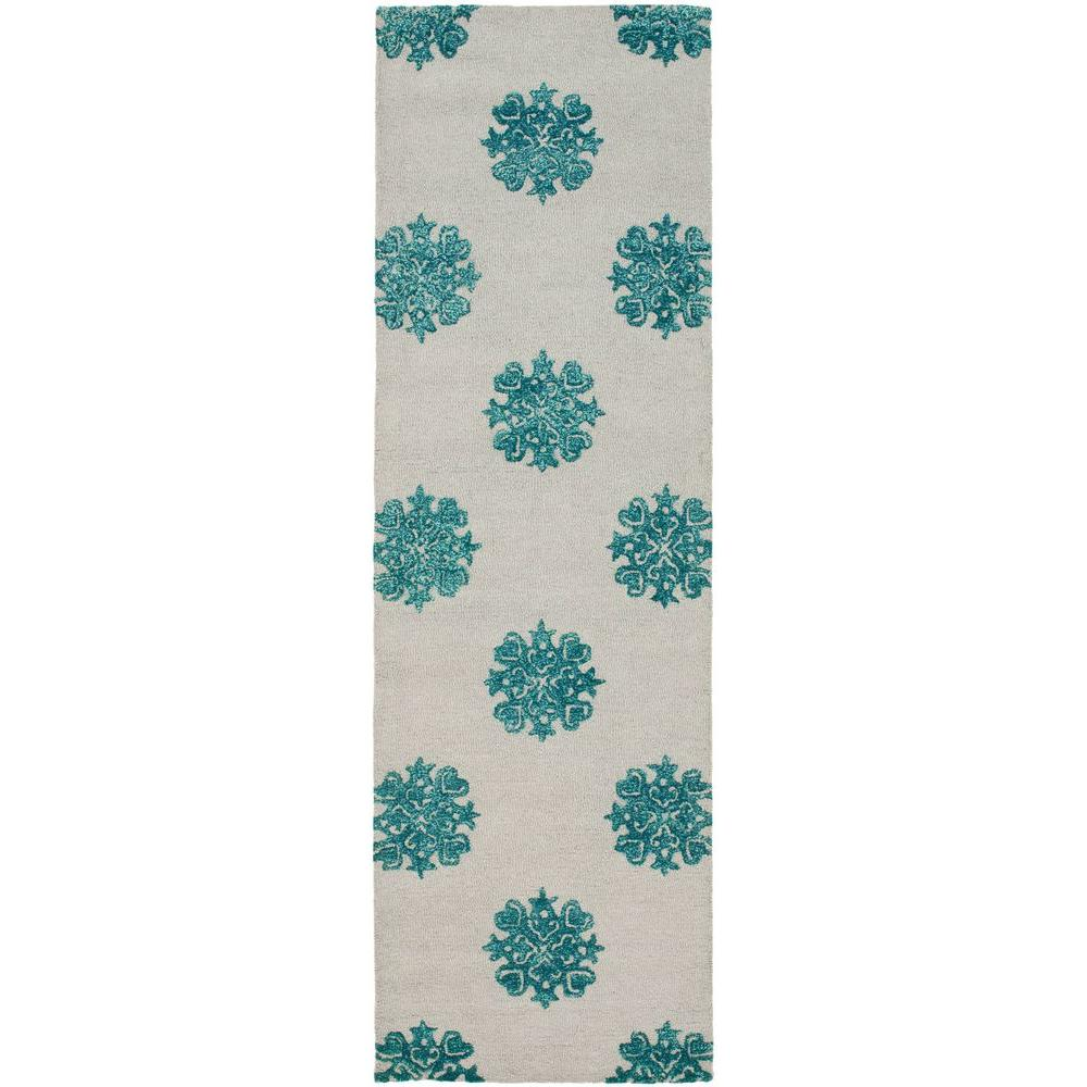 Soho Ivory/Light Blue 2 ft. 6 in. x 8 ft. Runner