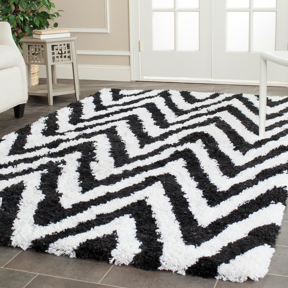 Chevron Shag Ivory/Black 2 ft. 6 in. x 4 ft. Area