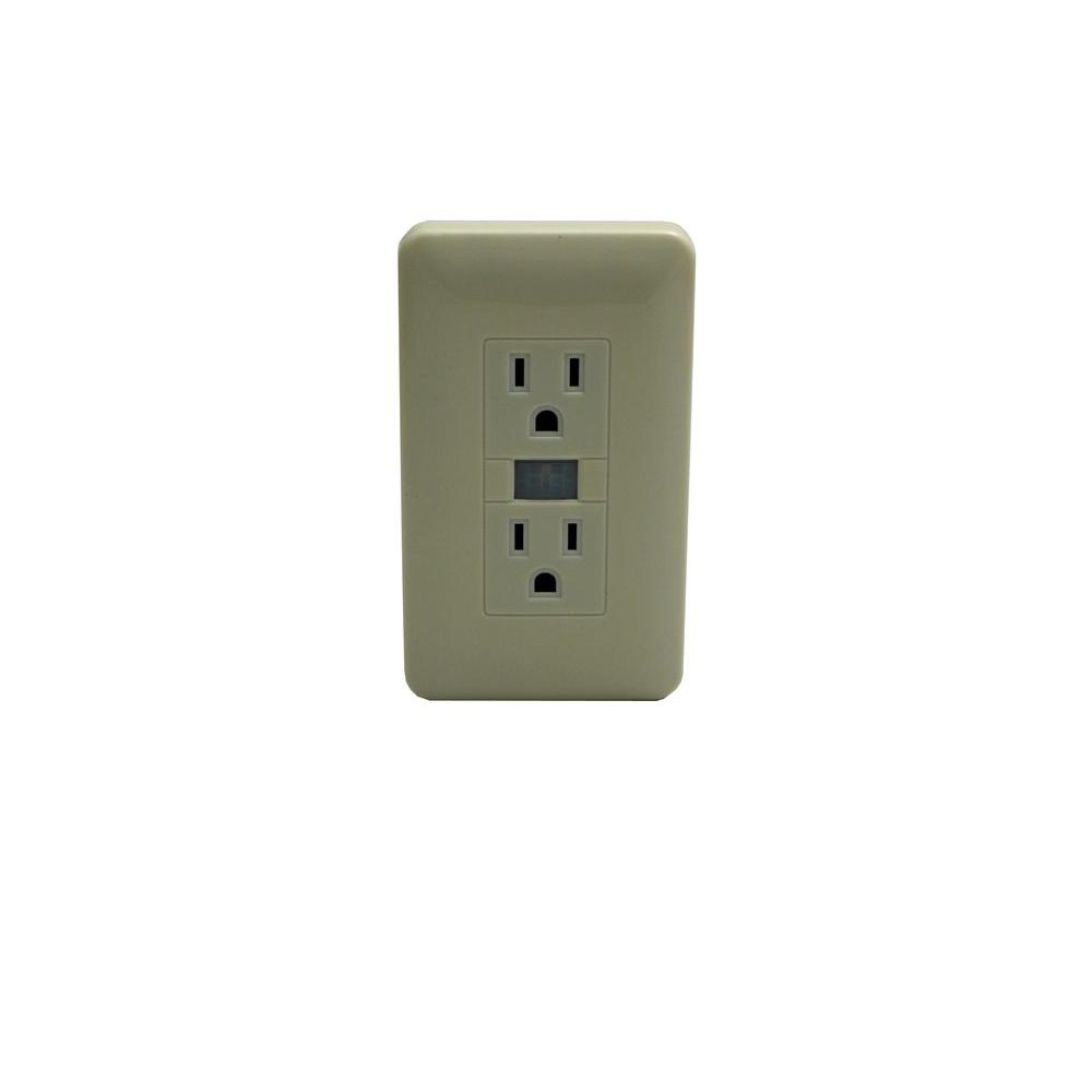 HCPower Video Monitoring Systems Fake Outlet with Hidden Spy DVR Camera HCOUTLET HCOUTELT