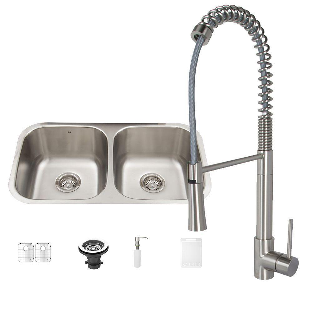 Vigo All-in-One Undermount Stainless Steel 32 in. 0-Hole Kitchen Sink and