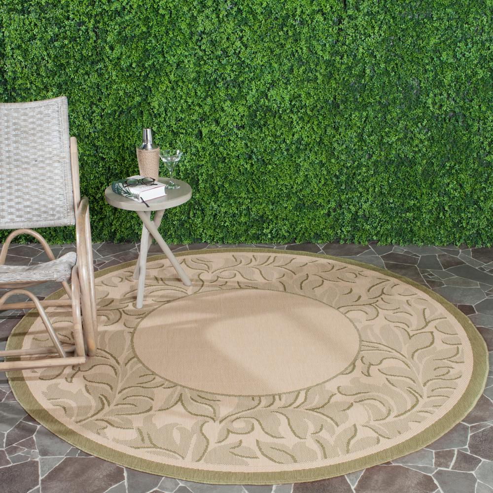 Courtyard Natural/Olive (Natural/Green) 5 ft. 3 in. x 5 ft. 3 in. Indoor/Outdoor Round Area Rug