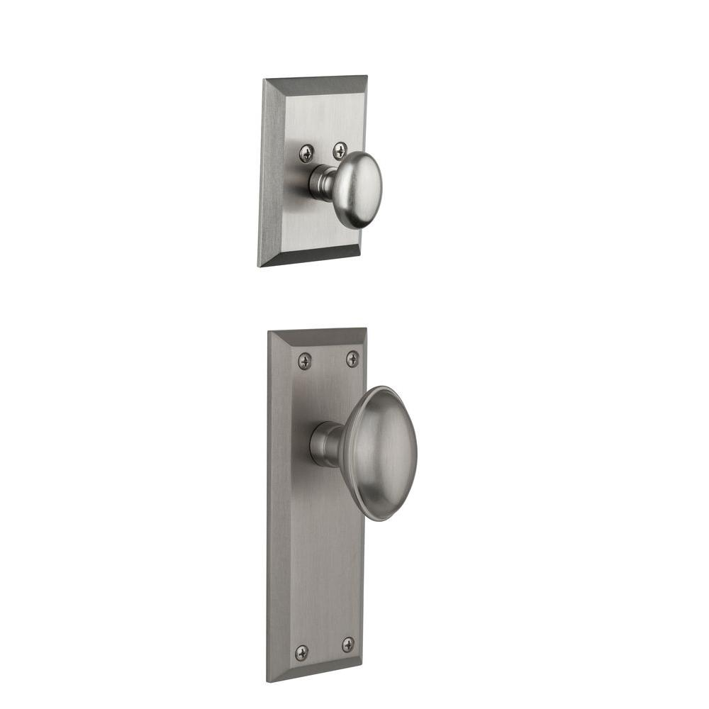 Grandeur Fifth Avenue Single Cylinder Satin Nickel Combo Pack Keyed Alike with Eden Prairie Knob and Matching Deadbolt