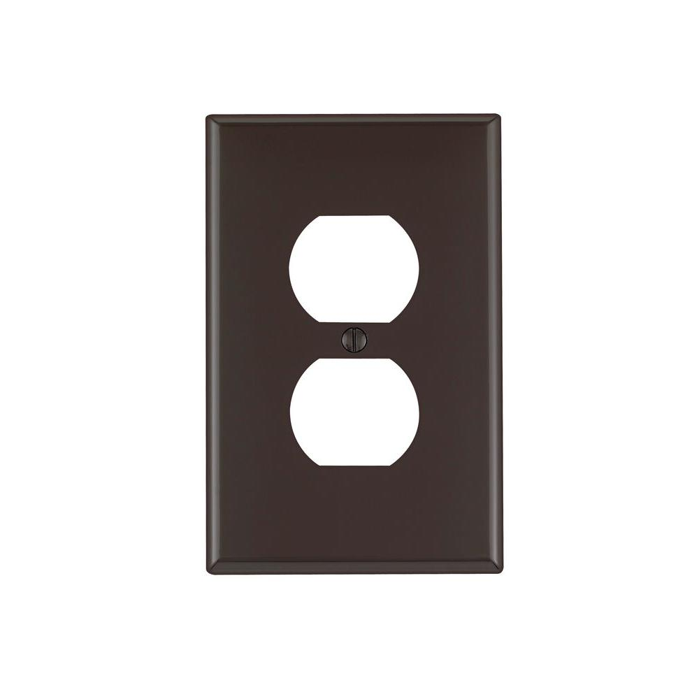 1-Gang Midway Duplex Outlet Nylon Wall Plate, Brown