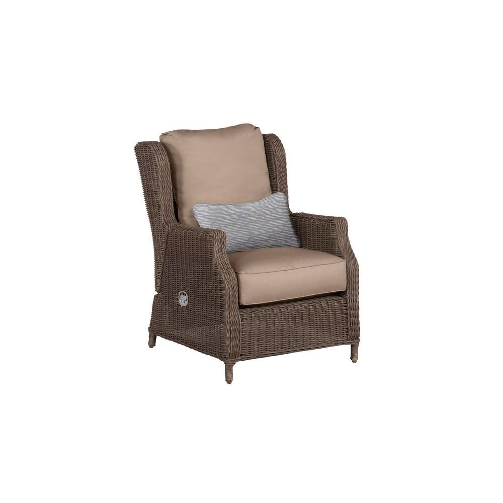 Vineyard Patio Motion Lounge Chair in Sparrow with Congo Lumbar Pillow