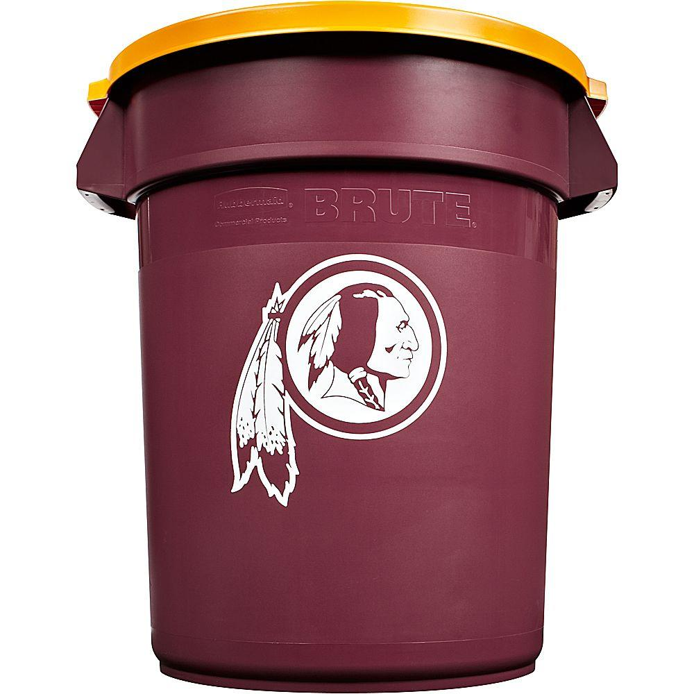 BRUTE NFL 32 Gal. Washington Redskins Round Trash Can with Lid
