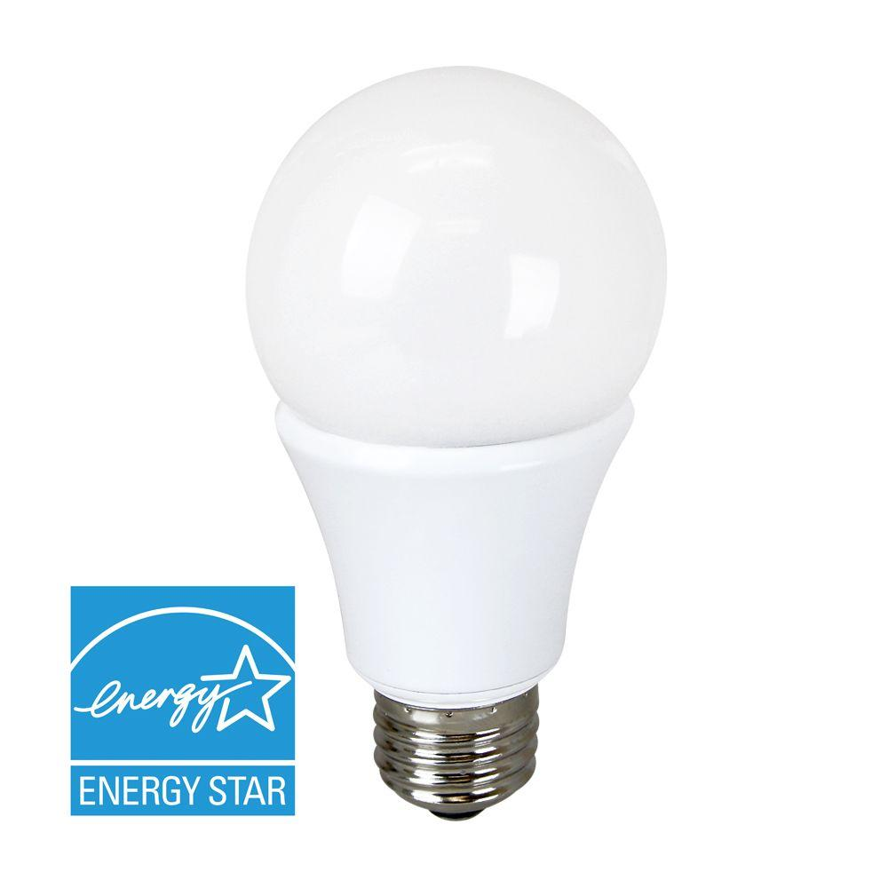 Euri Lighting 40W Equivalent Warm White A19 Dimmable LED Light Bulb-EA19-6020e