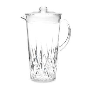 Plastic pitchers & carafes