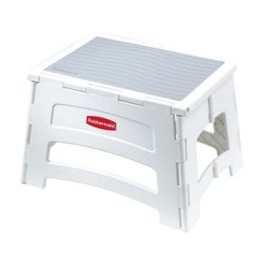 Rubbermaid 1 Step Plastic Step Stool With 300 Lbs Duty