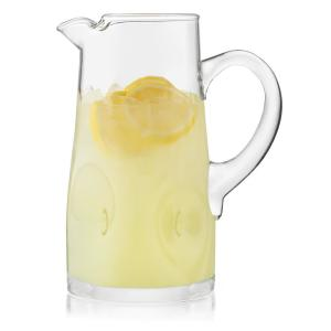 Glass pitchers & carafes