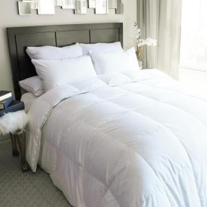 King White Goose Down Comforter by