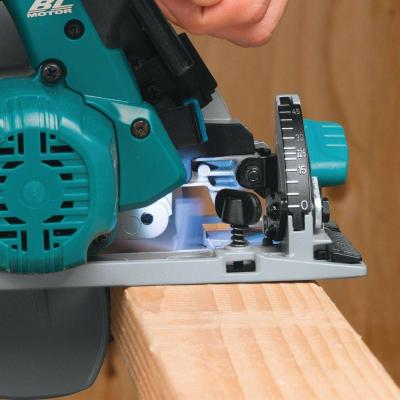 Makita 18-Volt LXT Lithium-Ion Brushless 6-1/2 in. Cordless Circular Saw Kit