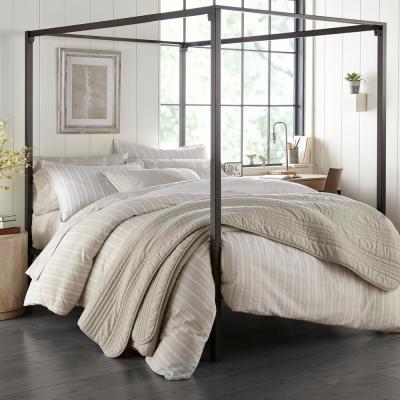 Oakdale  Comforter Set
