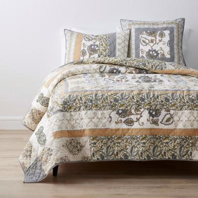 Damask Floral Legends® Luxury Handcrafted Cotton Quilt