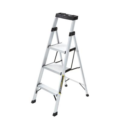 Gorilla Ladders 4.5 ft. Aluminum Hybrid Ladder with 250 lb. Load Capacity Type I Duty Rating