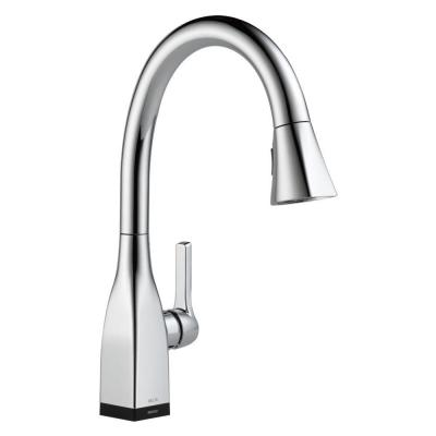 Delta Mateo Single-Handle Pull-Down Sprayer Kitchen Faucet with Touch2O in Chrome
