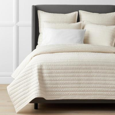 Legends Hotel Wrinkle-Free Quilted Cotton Sateen Coverlet