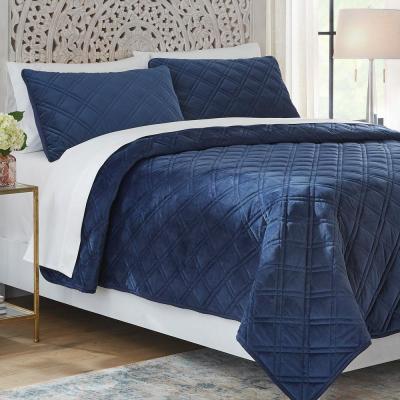 Slyvie 3-Piece Midnight Blue Velvet Quilt Set
