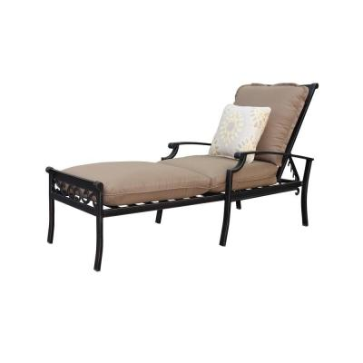 Thomasville Messina Patio Chaise Lounge with Cocoa Cushions