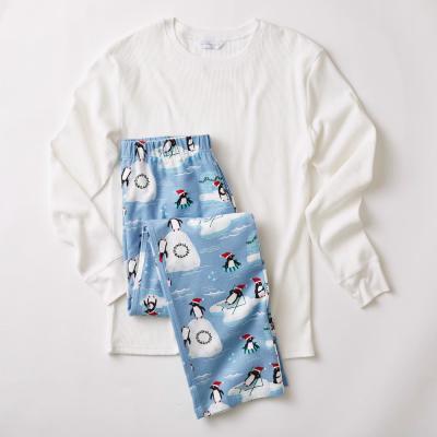 Family Flannel Men's Penguin 2-Piece Thermal Pajama Set